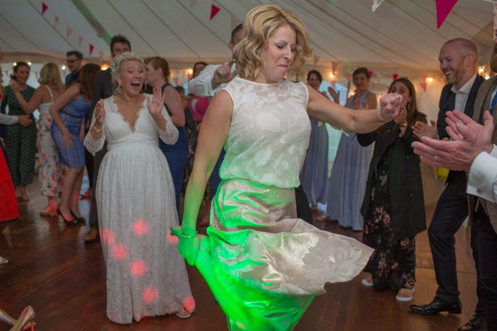 wedding guest showing off dance moves