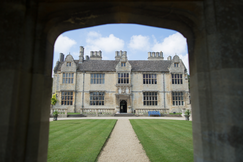 Outside photo of Yarnton Manor