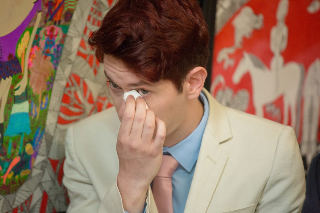 wedding guest crying during ceremony