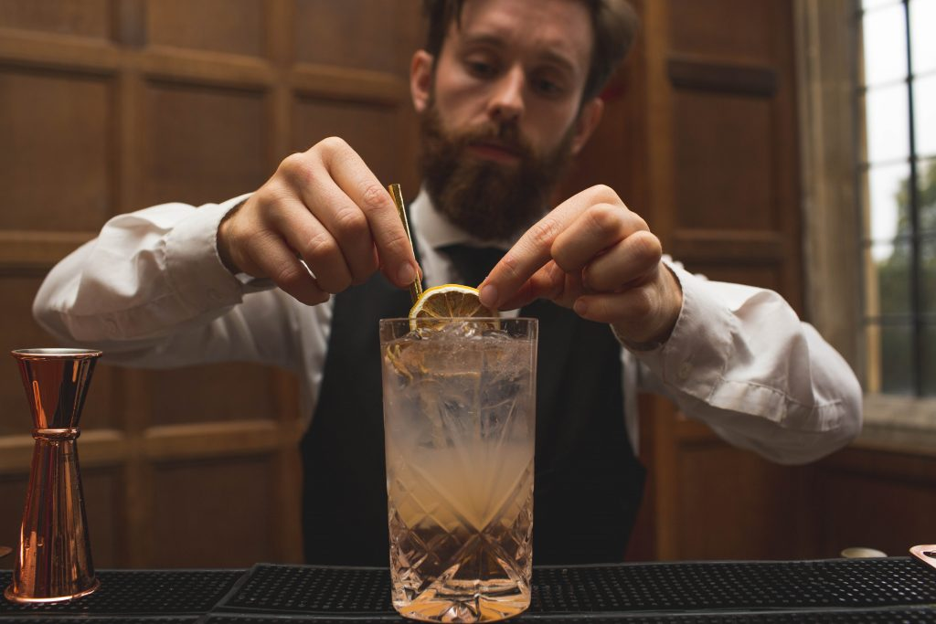 finishing touches of a wedding cocktail
